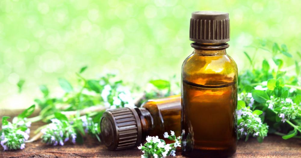 Comment utiliser l'huile essentielle de Tea tree ?